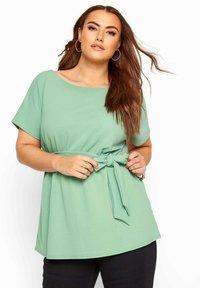 Yours Clothing - Basic T-shirt - green - 0