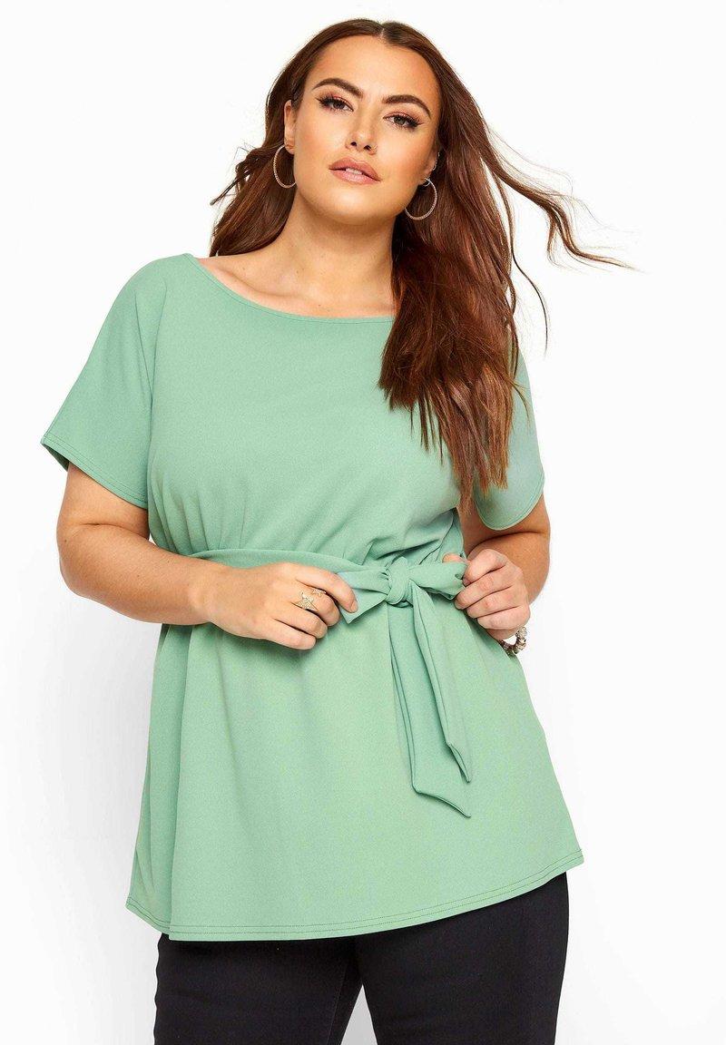 Yours Clothing - Basic T-shirt - green