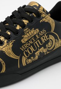 Versace Jeans Couture - Sneakers - black/gold - 3