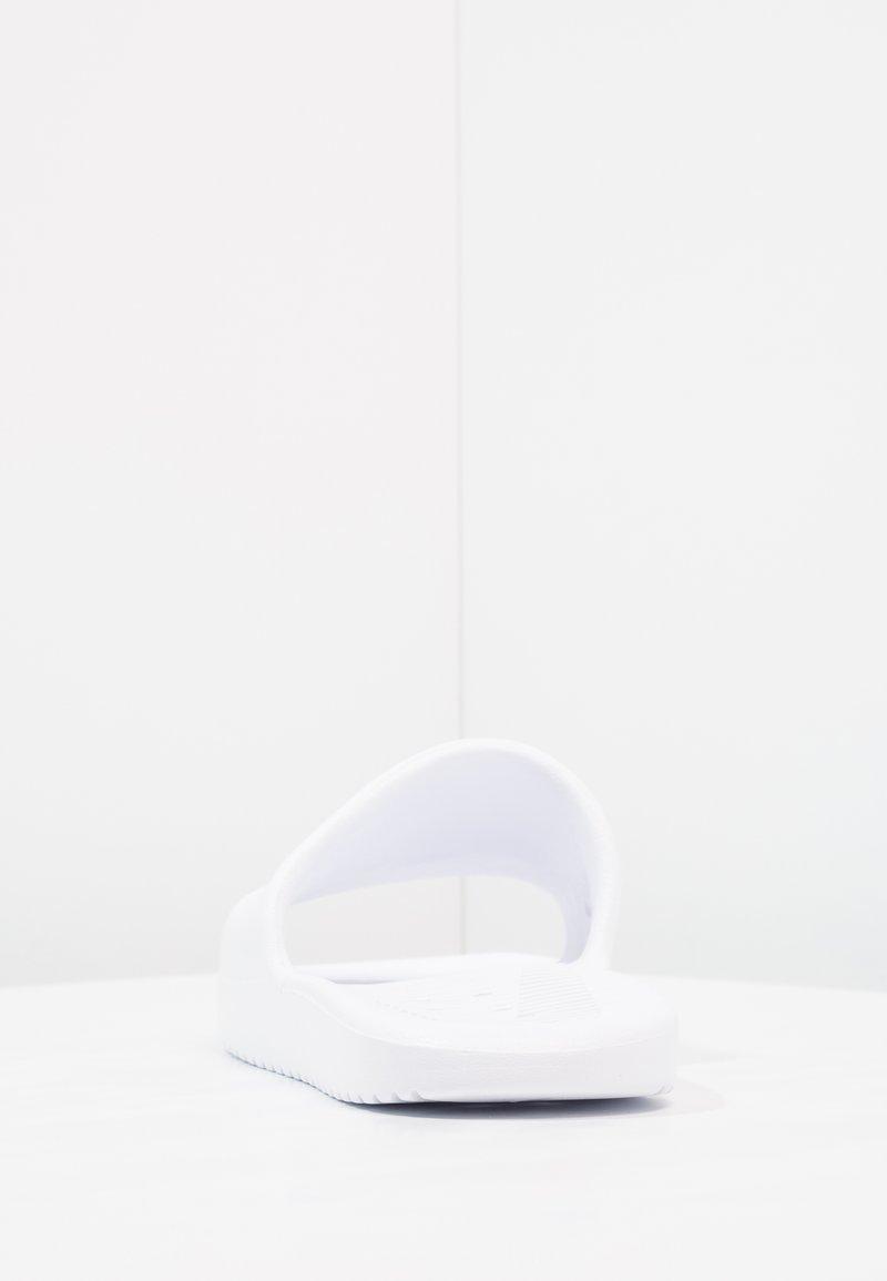 en caso Depender de Aplicando  Nike Sportswear KAWA SHOWER - Chanclas de baño - white/blue moon/blanco -  Zalando.es