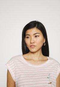 Esprit - TEE - Print T-shirt - nude - 3
