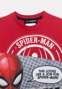 Desigual - MARVEL - Print T-shirt - red - 2