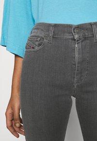 Diesel - D-ROISIN - Jeans Skinny Fit - grey - 5