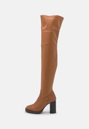SABRINA - Overknee laarzen - camel