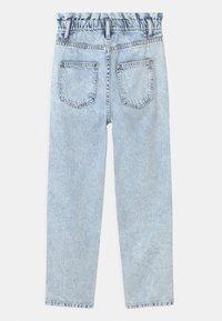 Grunt - DICTE DOOP PAPER BAG - Jeans Relaxed Fit - light blue - 1