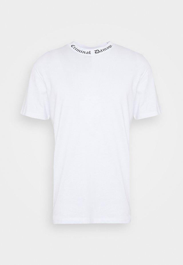 GOTH COLLAR TEE - T-shirt imprimé - white