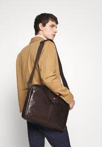 Strellson - COLEMAN - Briefcase - dark brown - 1