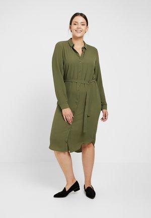 Day dress - ivy green