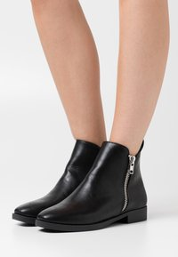 Head over Heels by Dune - POTINA - Classic ankle boots - black - 0