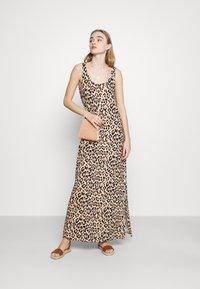 Vila - VISUN - Maxi dress - sand - 1