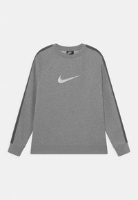 dark grey heather/white