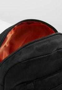 Alpha Industries - CREW CARRY BAG - Across body bag - black - 4
