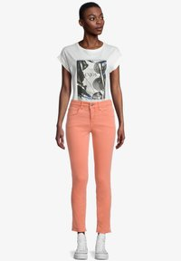 Cartoon - Slim fit jeans - nectarine - 1
