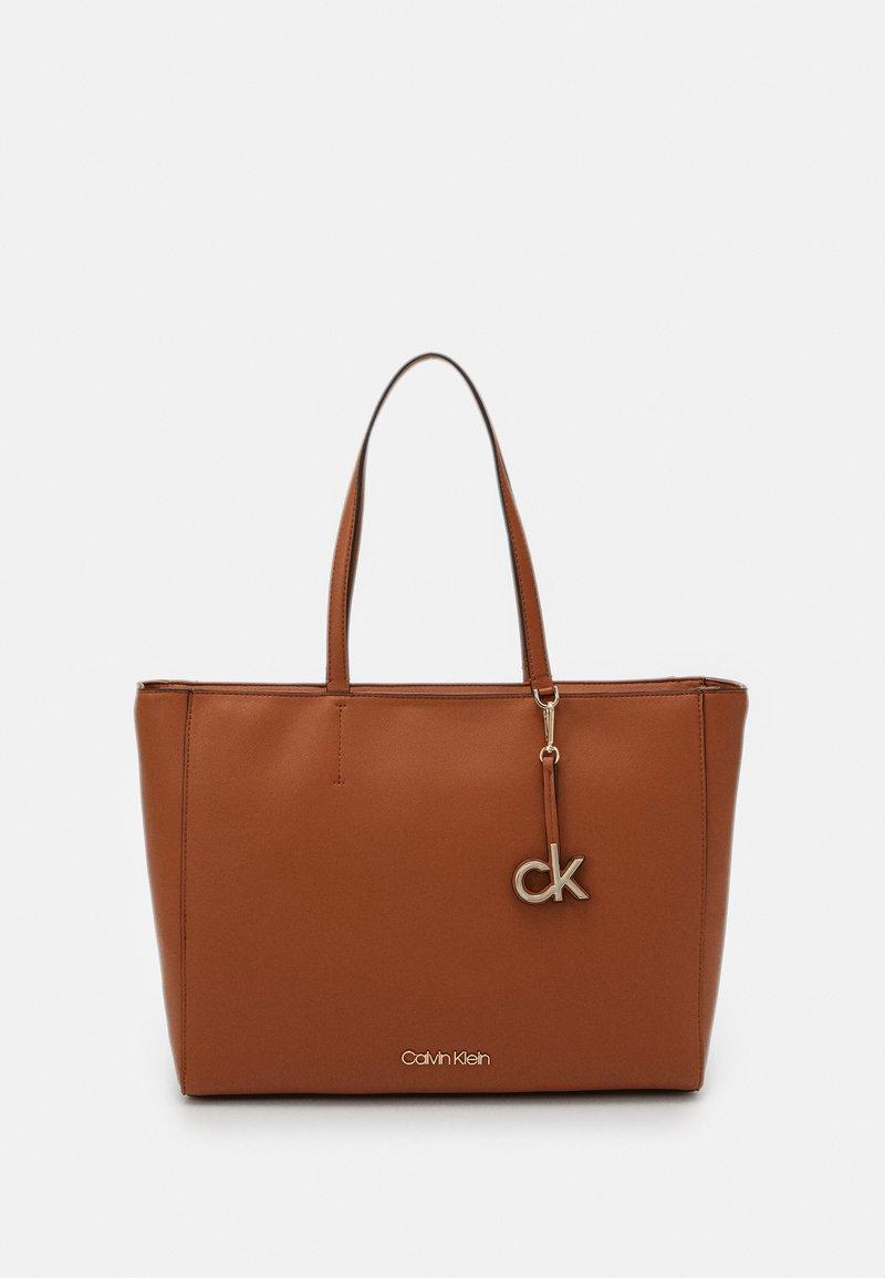 Calvin Klein - Cabas - brown
