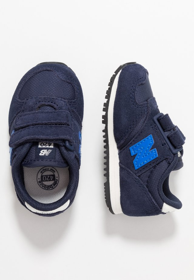 IV420SB - Sneakersy niskie - navy