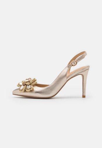 Classic heels - bronze