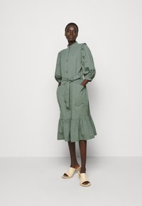 Bruuns Bazaar - BASIL GALLIANA DRESS - Shirt dress - moss - 1