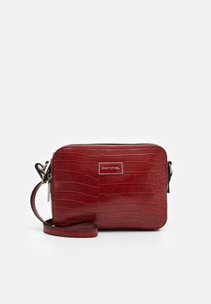 PURE ELEGANCE SHOULDERBAG - Across body bag - red