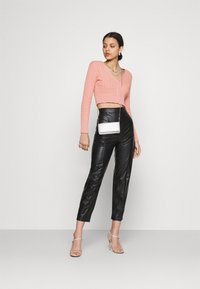 Glamorous - CABLE KNIT CROPPED  - Cardigan - dusty peach - 1