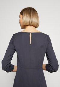 Patrizia Pepe - ABITO/DRESS - Day dress - lava grey - 4