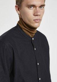 PULL&BEAR - Shirt - mottled black - 3