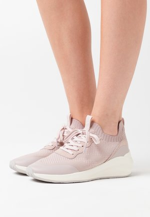 LACE-UP - Sneakersy niskie - pale rose