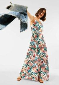 Cecil - MIT PRINT - Maxi dress - weiß - 0