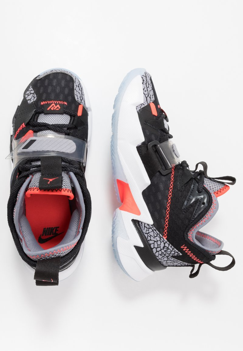 Jordan - WHY NOT ZER0.3 - Basketball shoes - black/bright crimson/cement grey/white