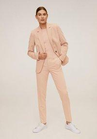 Mango - BOREAL6 - Spodnie garniturowe - rosa - 1