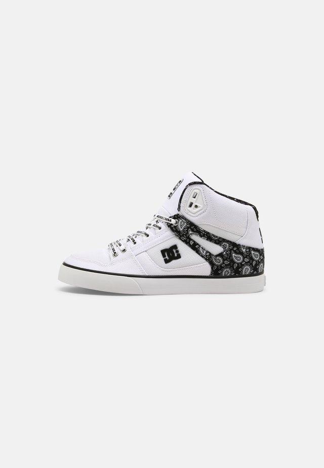 PURE UNISEX - Skateboardové boty - black/white/silver