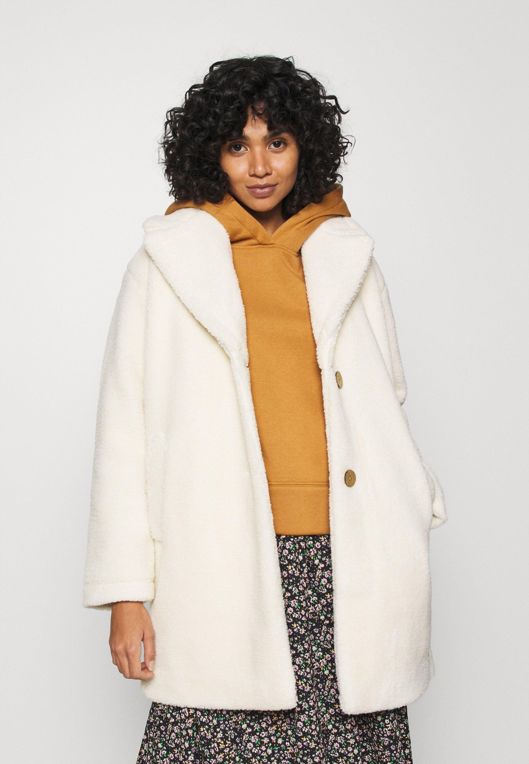 Women FAR FROM HOME - Winter coat
