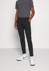 Burton Menswear London - STRETCH - Chino - black - 0