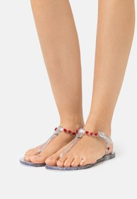Love Moschino - EXCLUSIVE  - Tongs - transparent - 0