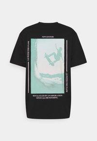Jack & Jones - JORSARRISON TEE CREW NECK - Print T-shirt - black - 1