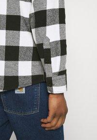 Dickies - NEW SACRAMENTO - Shirt - black - 5
