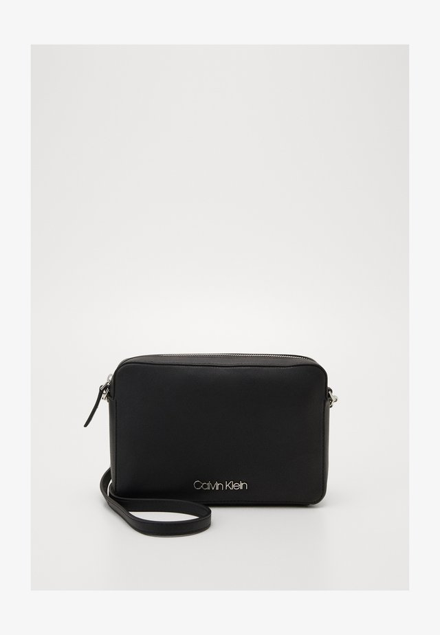 MUST CROSSBODY - Sac bandoulière - black