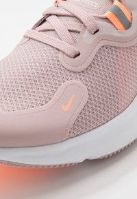 Nike Performance - WMNS REACT MILER - Neutral running shoes - champagne/white/barely rose/orange pulse - 5