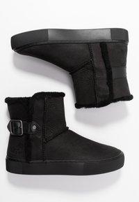 UGG - AIKA - Korte laarzen - black - 3