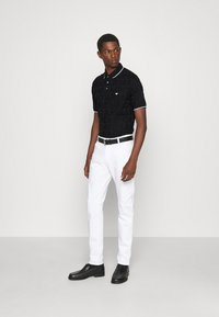 Emporio Armani - Polo shirt - nero - 1