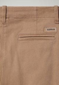 Napapijri - MERIDIAN - Trousers - beige portabel - 3