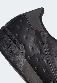 adidas Originals - Pharrell Williams x CONTINENTAL 80 - Joggesko - core black - 8