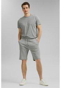 Esprit - Shorts - medium grey - 1