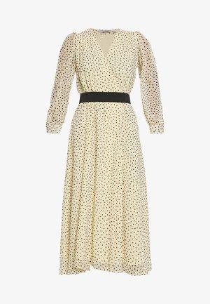 CUTTER - Robe d'été - gold