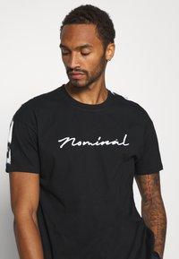 Nominal - RONNI TEE - Print T-shirt - black - 3