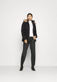 Calvin Klein - ESSENTIAL  - Winter jacket - black - 1