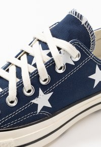 Converse - CHUCK TAYLOR ALL STAR - Trainers - navy/white/egret - 5