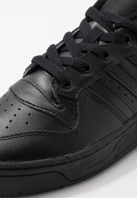 adidas Originals - RIVALRY - Sneakers - core black/footwear white - 2