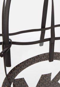 MICHAEL Michael Kors - BAG TOTE - Tote bag - brown - 3