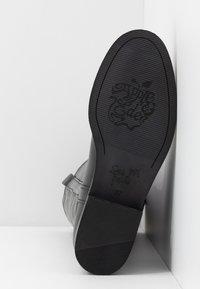 Apple of Eden - KAREN - Vysoká obuv - black - 6