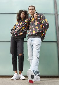 Tommy Jeans - ABO TJU X BEAVIS&BUTTHEAD HOODIE UNISEX - Sweatshirt - blackout - 1